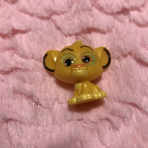 Disney Doorable Simba (blemished eye) (1.50 in tall)
