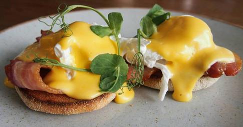Eggs Benedict swansea cafe