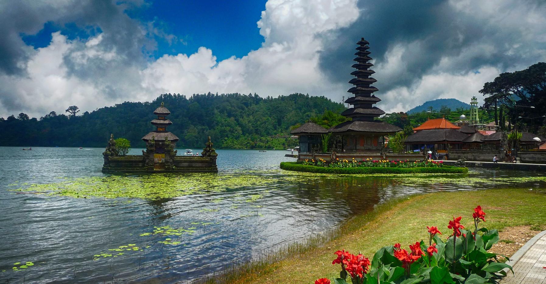 Bedugul Temples