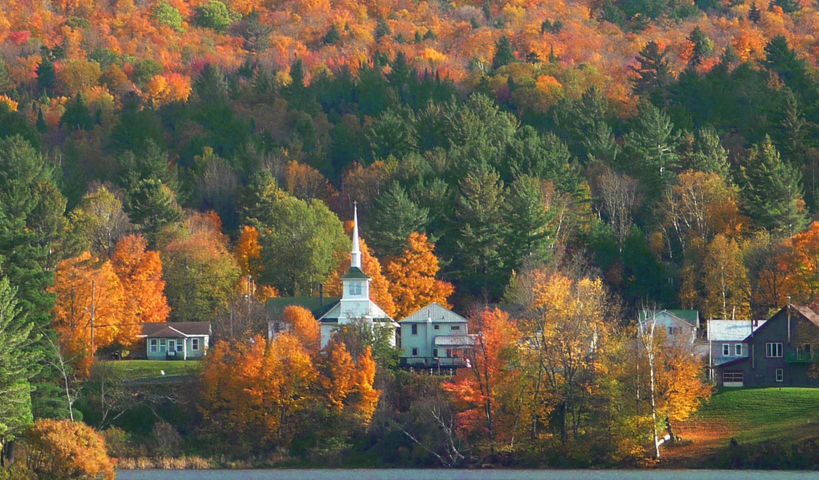 A Picturesque Adirondak Village