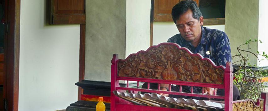 Balinese Weaver