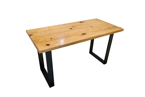 Tavolo scrivania in resina