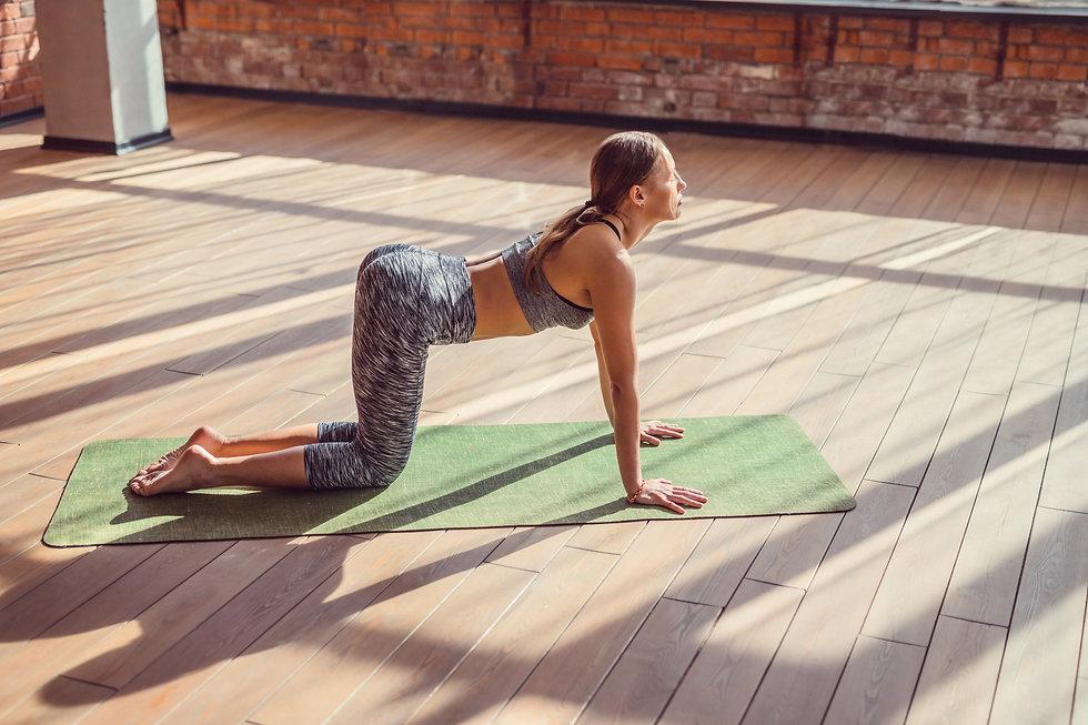young-girl-doing-yoga-X8Y3BPL.jpg