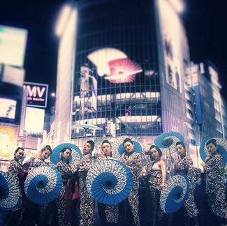 【Japanese modern dance entertainment team called ARAIFUMI(新井風味)🎴】