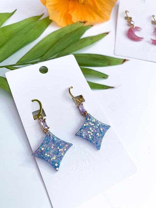 Periwinkle glow Earrings