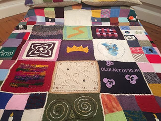 knitted quilt centrepiece The Elephant C