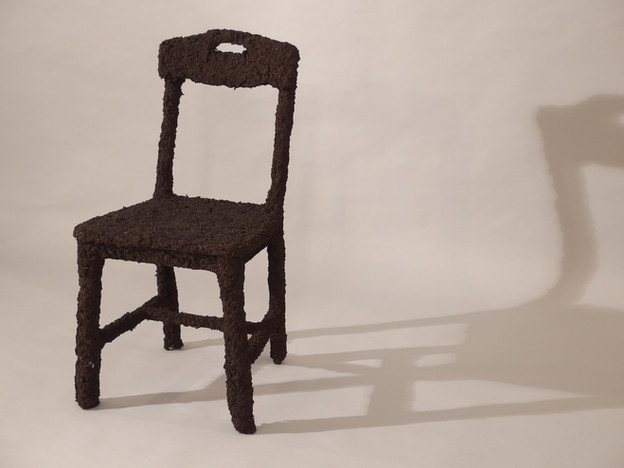 Soil chair_Leu