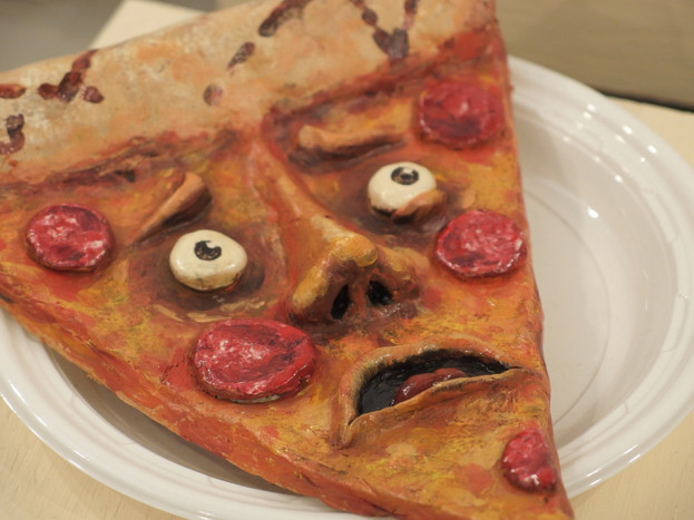 Shaking Dishes (Pizza)_Leu