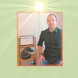 Benoit Ladune, sophrologue certifié de l'École de Sophrologie de Bourgogne Franche-Comté, et partenaire de La Cabane de Maya