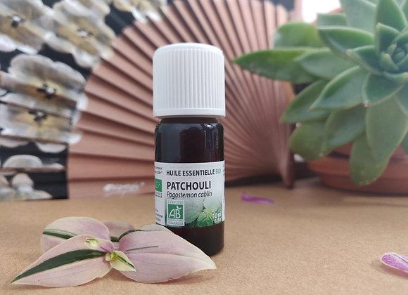 Huile Essentielle de Patchouli Bio / Pogostemon Cablin / Feuilles et Rameaux