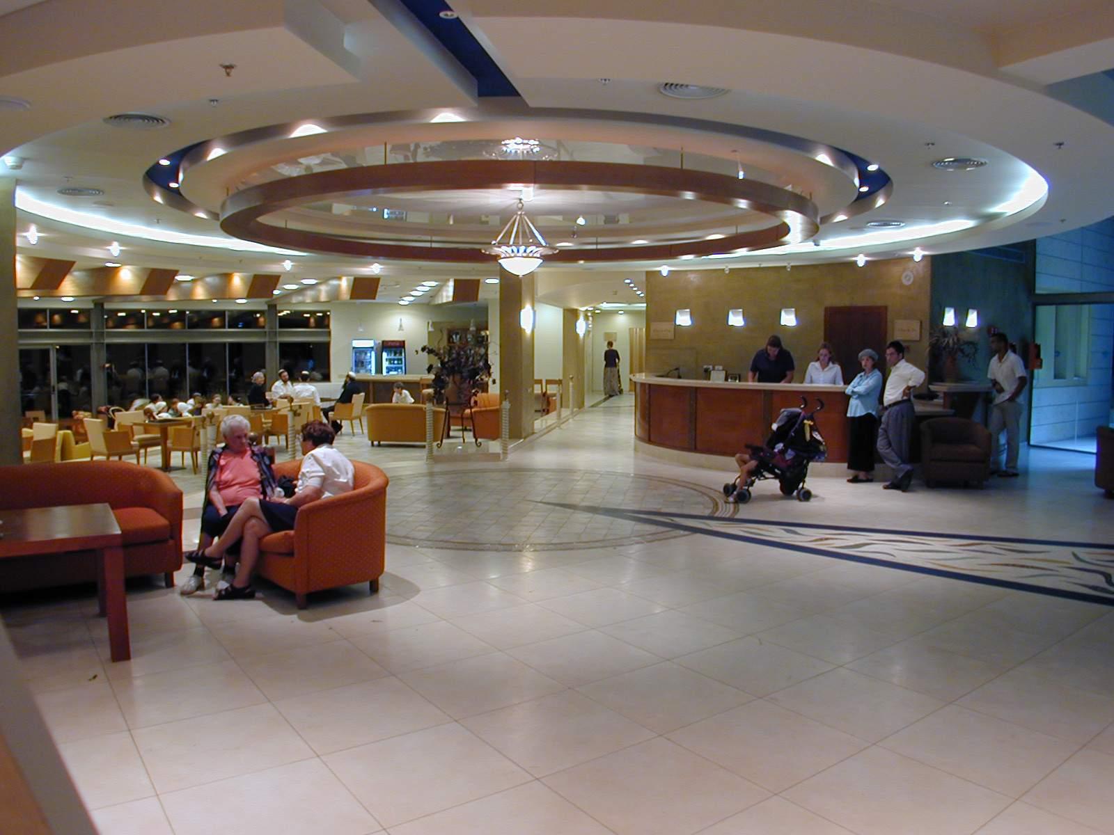 ניר עציון - מלון - 5
