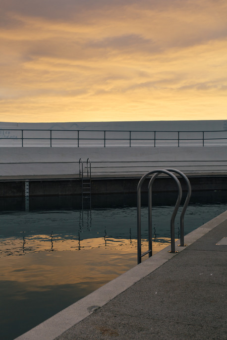 JUBILEE POOL sunrise