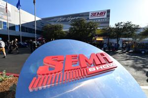 R5 Racing Exhibit at SEMA Show 2018