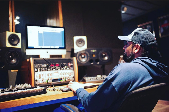 Studio with Sevaqk