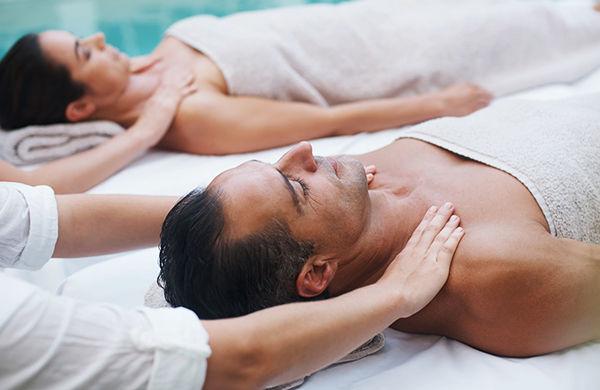 1 Hour Couples Massage