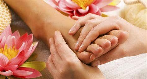1 hr foot massage