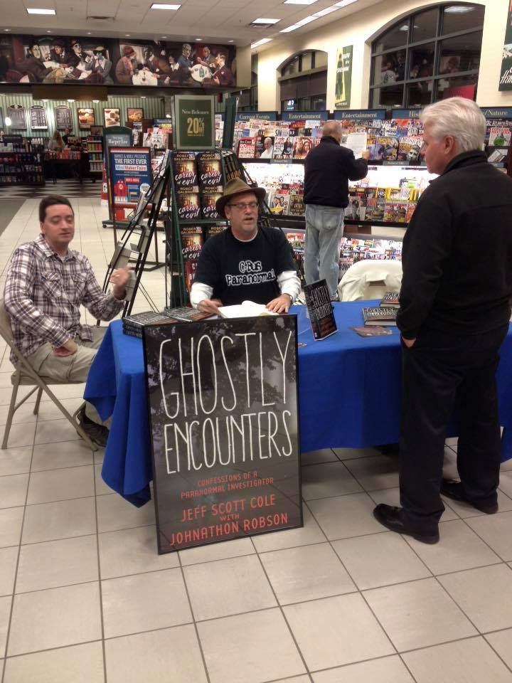 Ghostly Encounters - Barnes & Noble