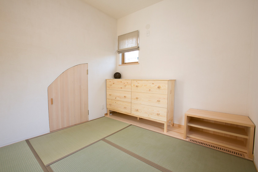 枚方 0宣言の家 出雲建築設計 大阪 東大阪 注文住宅 健康住宅 自然素材の家 造作家具 造作建具 健康畳 天然い草 セルローズ断熱