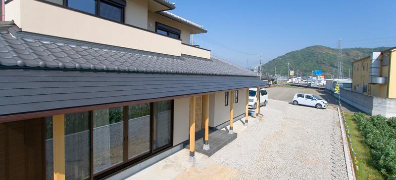 和歌山 0宣言の家 出雲建築設計 大阪 東大阪 医師が薦める健康住宅 自然素材住宅 和風 外観 縁側 無垢化粧柱