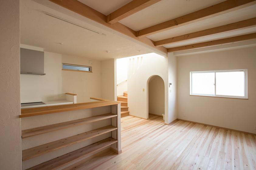八尾 0宣言の家 出雲建築設計 大阪 東大阪 注文住宅 健康住宅 自然素材の家 LDK 内断熱 無垢フローリング セルローズファイバー 調湿機能