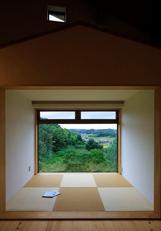 里山 設計士の家 住人十色 出雲建築設計 大阪 東大阪 注文住宅 健康住宅 畳コーナー 景観窓