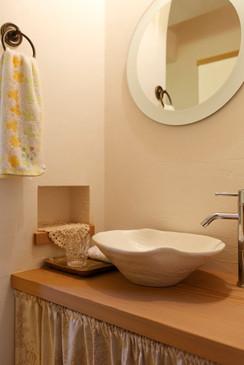 大阪 0宣言の家 出雲建築設計 東大阪 自由設計 造作洗面 オリジナルボウル 壁スペイン漆喰 調湿効果 消臭効果