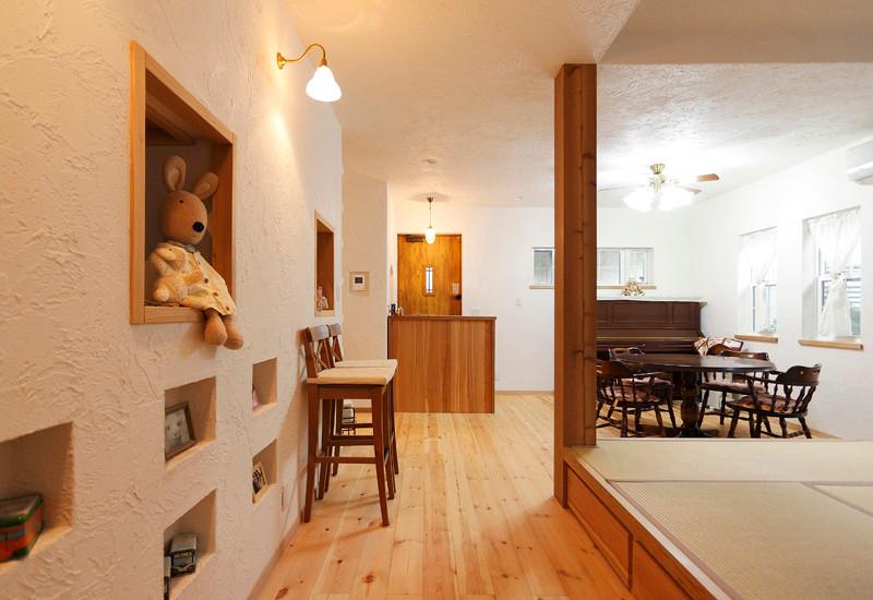 大阪 0宣言の家 出雲建築設計 東大阪 自由設計 健康住宅 自然素材の家 畳スペース 天然い草畳 化粧柱 壁開口 ニッチ