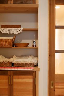 大阪 0宣言の家 出雲建築設計 東大阪 注文住宅 健康住宅 自然素材の家 造作収納 造作収納棚 無完成見学会