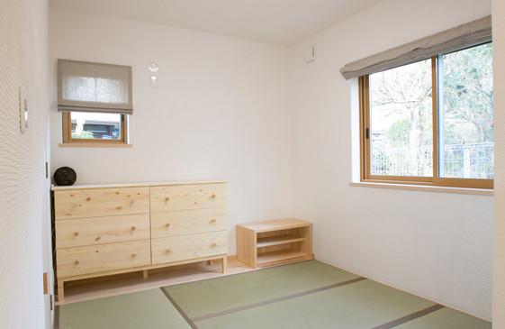 枚方 0宣言の家 出雲建築設計 大阪 東大阪 注文住宅 健康住宅 自然素材の家 畳スペース 天然い草畳 LDK隣接 スペイン漆喰 調湿壁