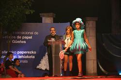 2013_Segundo_premio_en_infantil_en_la_categoría_en_diseño_y_originalidad_-_Farolillo_de_Amparo_Almei