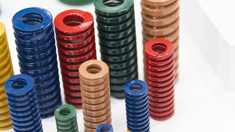The various size industrial coil spring