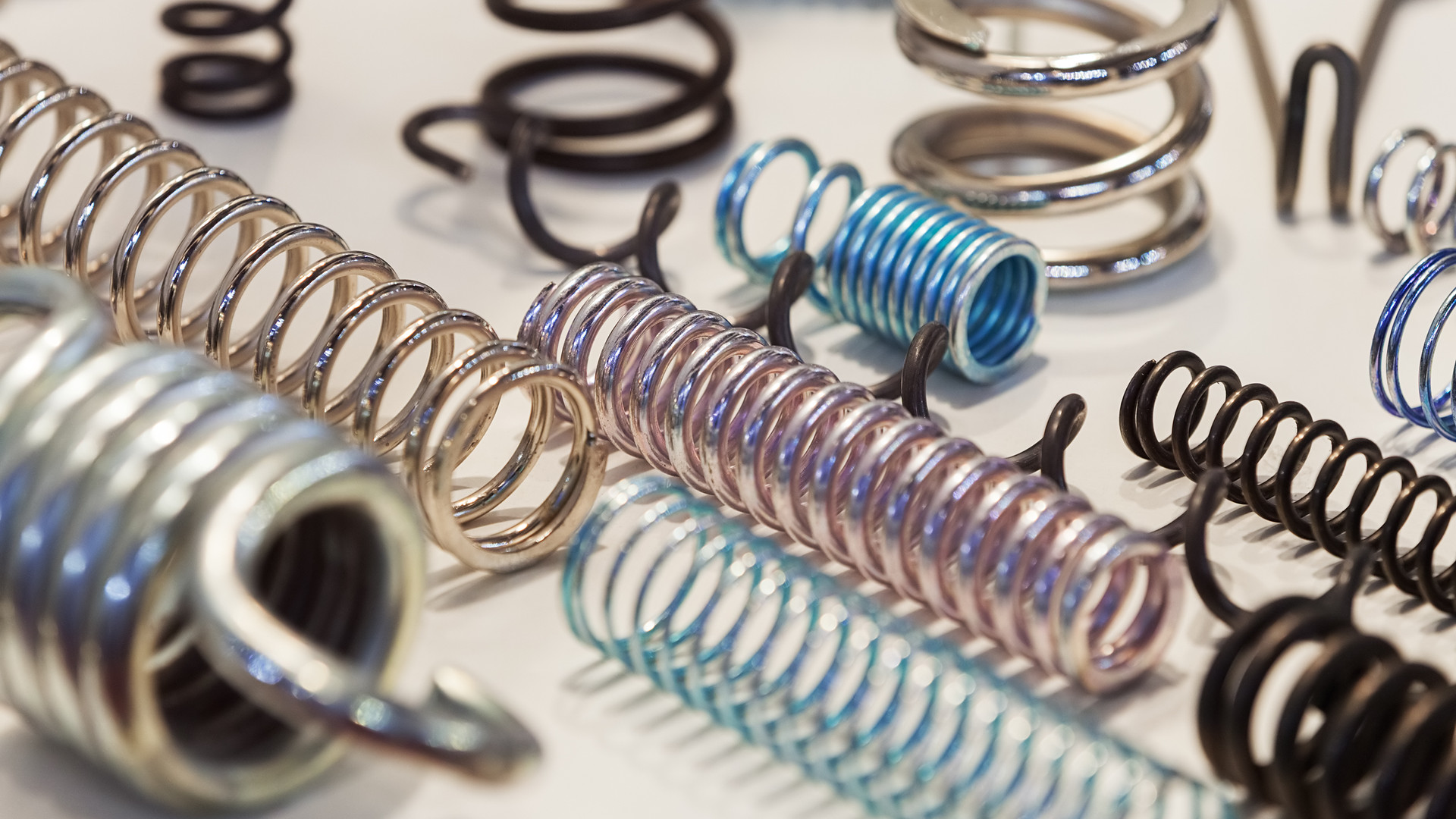 Various metal springs for different purp