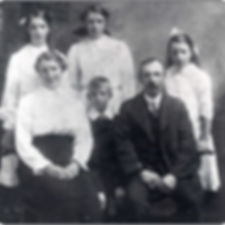 The Exley Family c1914. Back Row: Annie, May, Elsie Front Row: Florence, Clifford, Joah