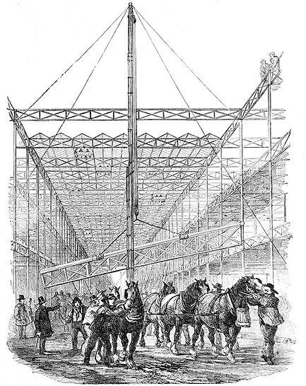 HP-raising girders in the central aisle.
