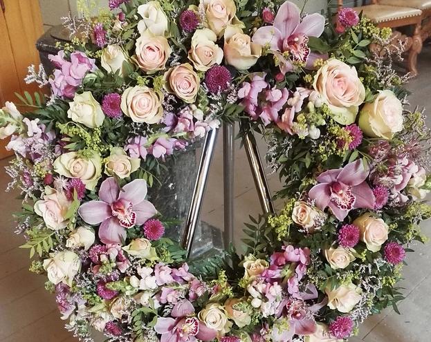 nova-begravelse-kiste-bisettelse11.webp