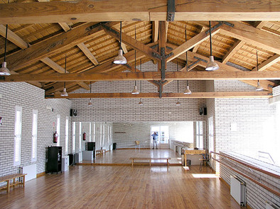 DANCE SCHOOL & WORKSHOP CENTRE IN LA CAROLINA