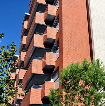 56 UNIT RESIDENTIAL BUILDING IN MADRID