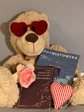 Romantycznie z książką