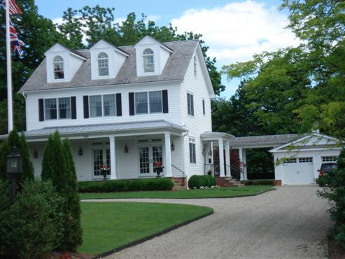 River Road Colonial