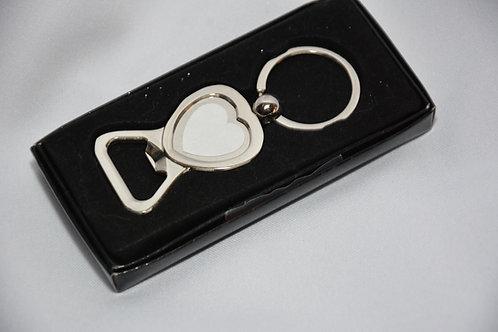 metalen sleutelhanger in vorm van hartje met aftrekker