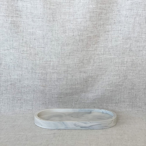 Oval Tray in White Marble