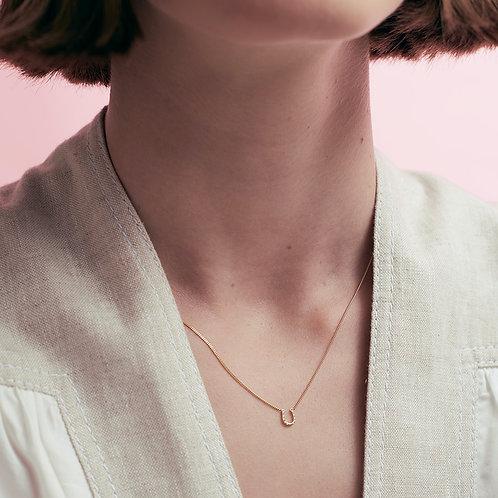Karen Walker Mini Horseshoe Necklace Gold
