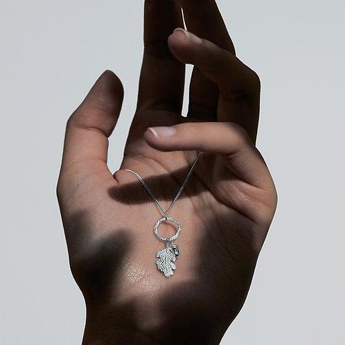 Karen Walker Acorn and Leaf Loop Necklace Silver - kw344pnstg