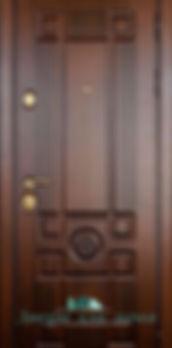 Alt-дверь металлическая с массивом дуба
