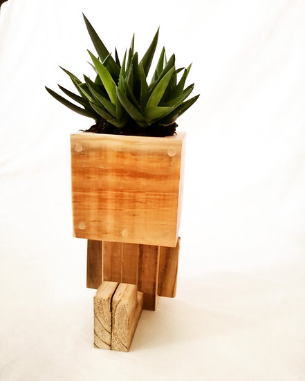 Lrg Sitting Planter