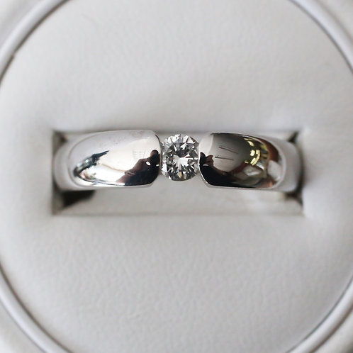 White Gold Gents Ring with Diamond