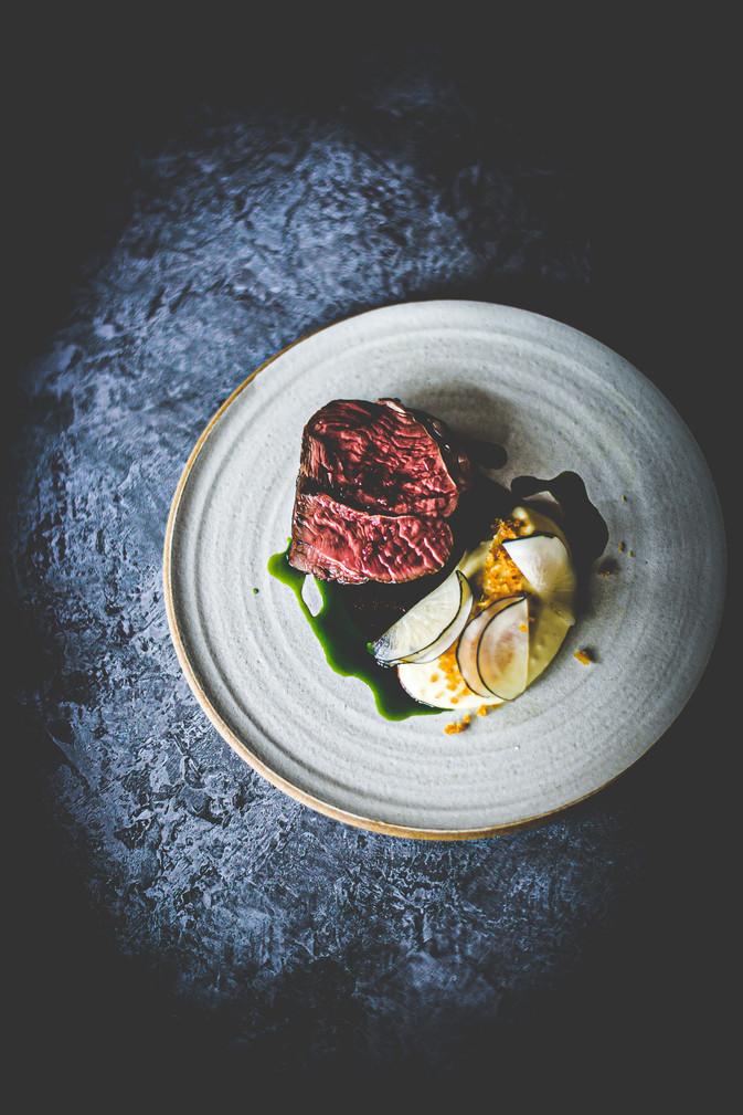 Herdwick lamb, white polenta, mooli radish & mint