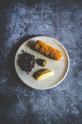 No. 4 : Venison croquette, braised red cabbage, parsley root puree