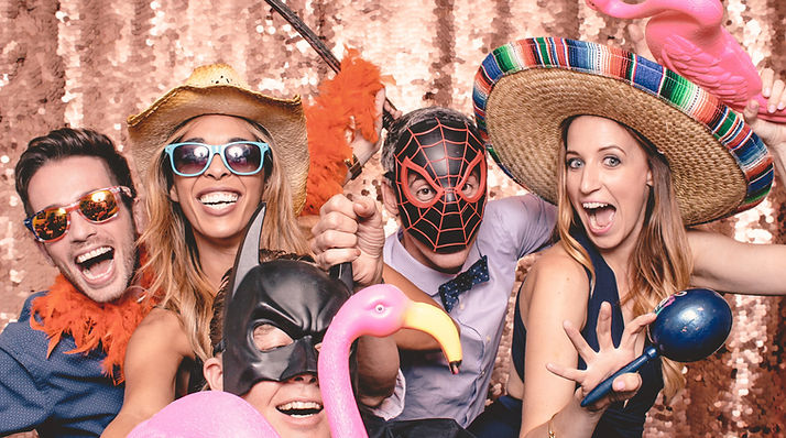 Kayleigh-Cody-Red-Photo-Booth-151128-007