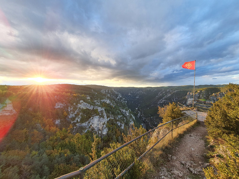 panorama-du-roc-des-hourtous-lozere